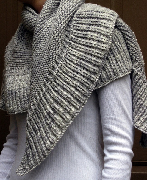 Free Knitting Pattern For Triangular Shawl : knit shawl Knit and Crochet