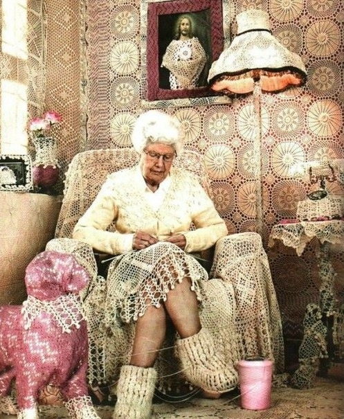 old lady knitting