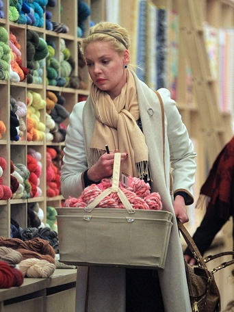 katherine_heigl_knitting_gallery_342x456